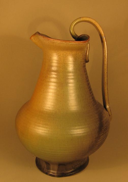 Grote vaas met geel-bruin glazuur