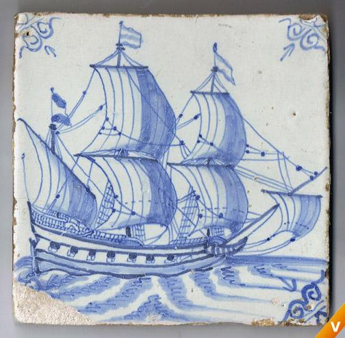 Wandtegel met een schip