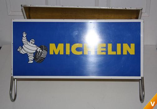 Display voor Michelin autobanden