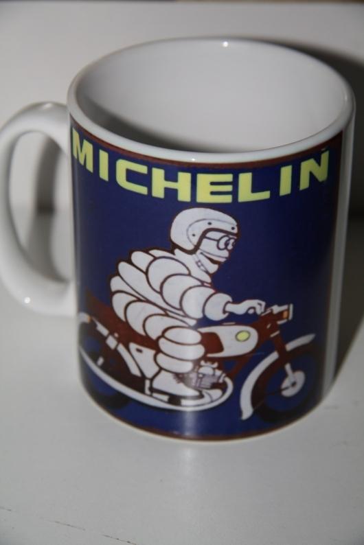 ``Mug``